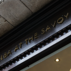 bespoke-hotel-signs-london-savoy